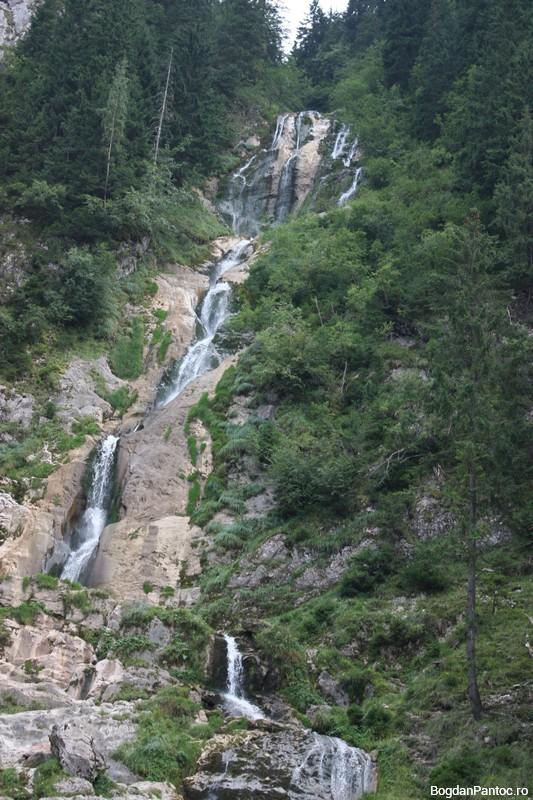 Cascada Cailor - Borsa 04