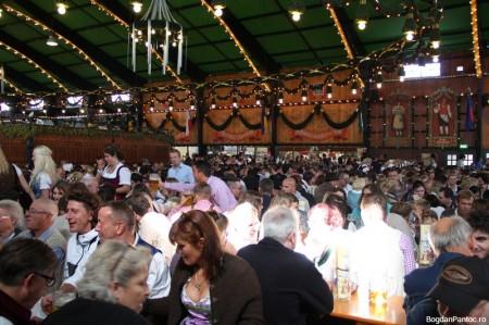 Oktoberfest Munchen 2014 Augustiner-Festhalle_IMG_2926