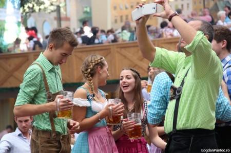 Oktoberfest Munchen 2014 Hacker - Bavarian_IMG_3011