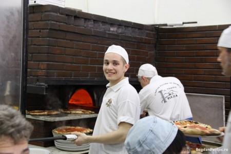 pizzeria da michele napoli 4