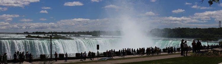 La pas prin Canada: O zi la Cascada Niagara
