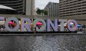 La pas prin Canada: Impresii din Toronto