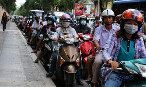 Pe scuter in nebunia din Ho Chi Minh, Vietnam