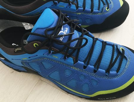 Kit de calatorie: Review-uri Asics Nimbus si Salewa Firetail 3 GTX