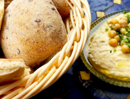 Experiente culinare in Israel – Primul humus nu se uita niciodata!