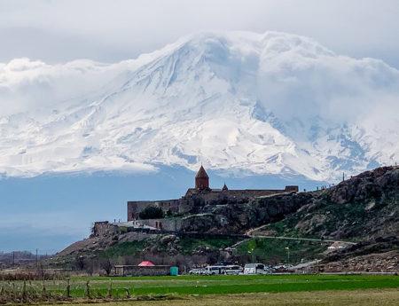 Cu masina in jurul Yerevan – Armenia
